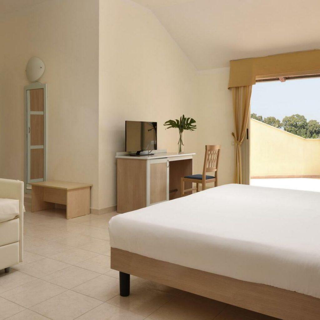 falkensteiner-calabria-junior-suite-classic-square